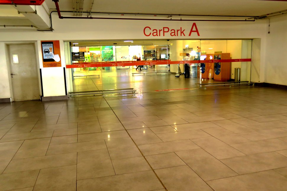 From car park A's CP4 level to entrance of Gateway@klia2 mall