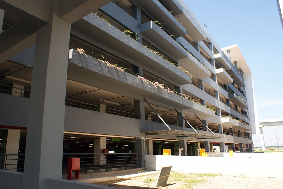 8 levels of parking facility at klia2