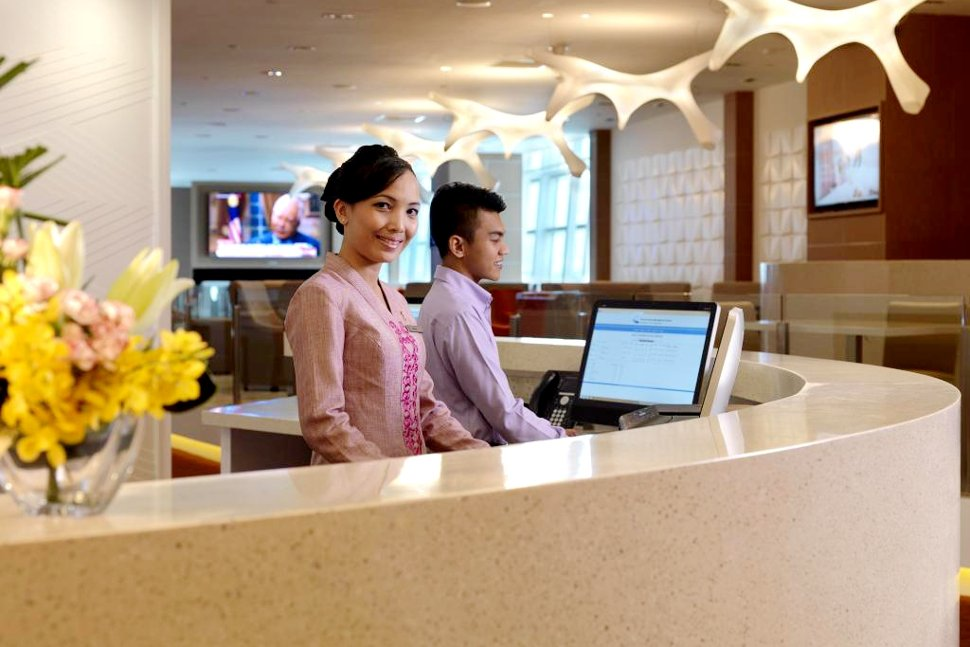 24-hour front desk to welcome your visit