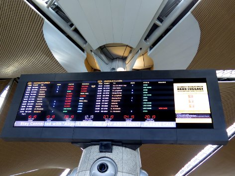Check flight schedule & status at KLIA