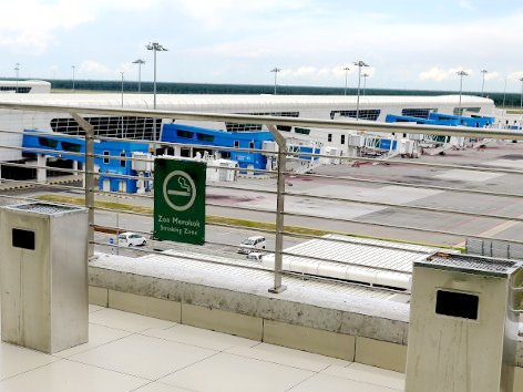 Smoking area outside of klia2 Main Terminal Building (right section)