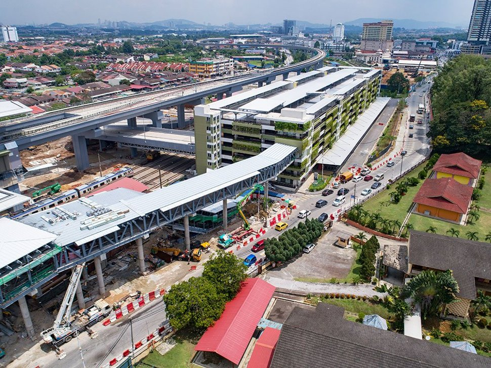 Aerial view of the pedestrian access to the multi-storey park and ride building from the Kajang Station