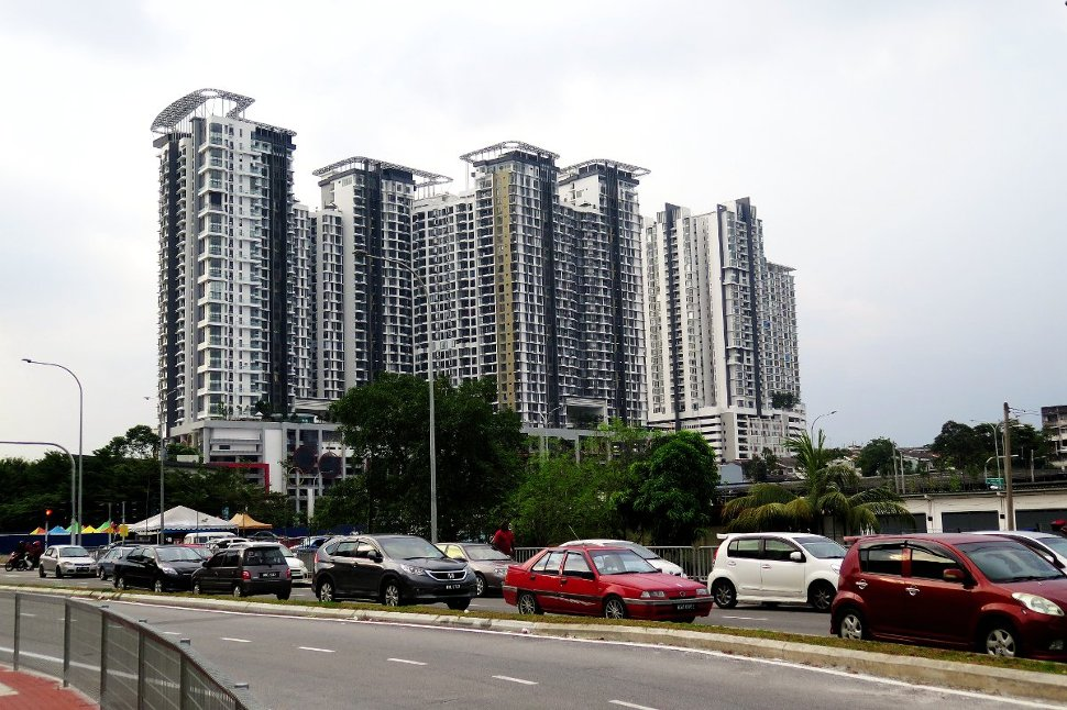 You City apartment near Taman Suntex station