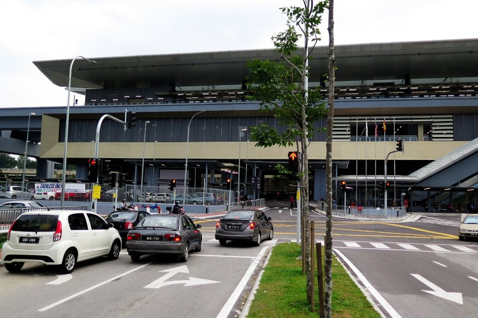 View of the Taman Suntex MRT Station