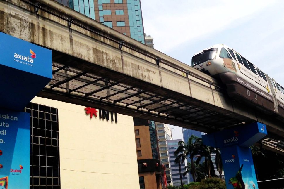 Train approaching Raja Chulan Monorail station
