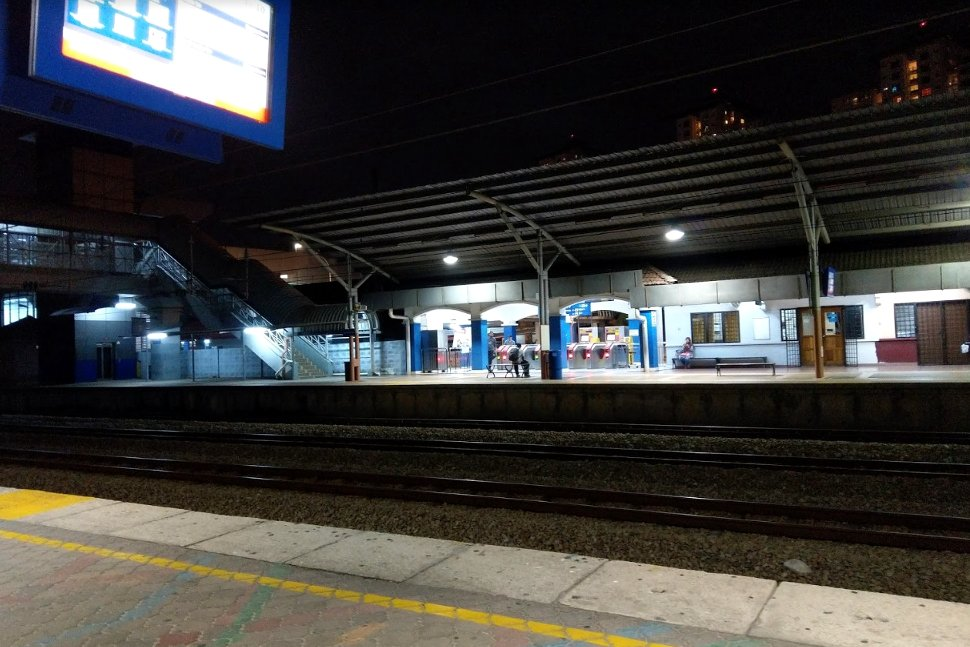 Boarding platform at KTM station